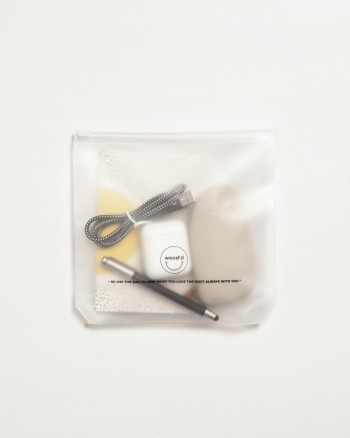 Wifi Enthusiasts Burro Studio x Wood'd iPhone 11 - packaging