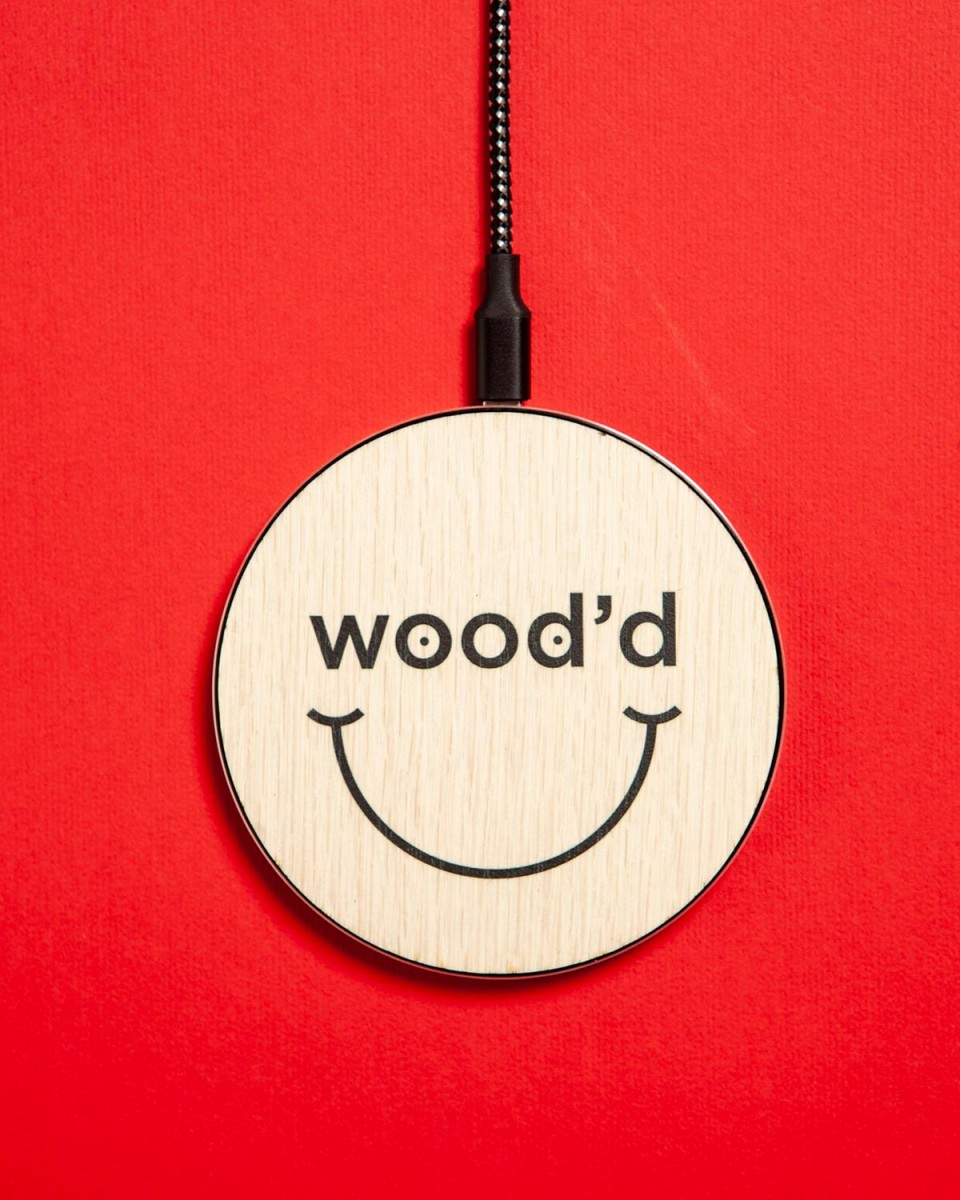 wood'd smile wireless charger_02